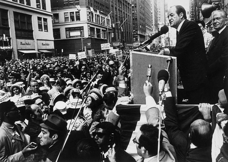 Hubert H. Humphrey 1968 presidential campaign..jpg