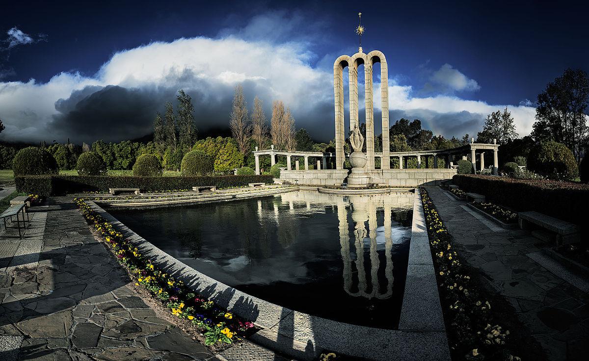 Huguenot Monument - Wikipedia