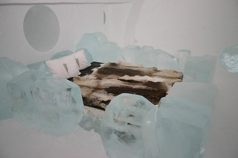 file icehotel se 10 jpg wikimedia commons. Black Bedroom Furniture Sets. Home Design Ideas