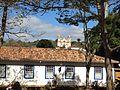 Igreja Matriz de Santo Antônio ao fundo, vista do Chafariz de São José.jpg
