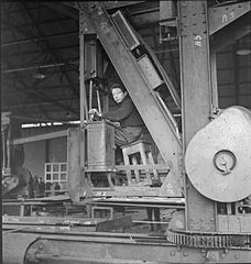 In a British Shipyard- Everyday Life in the Shipbuilding Industry, UK, 1943 DB122.jpg