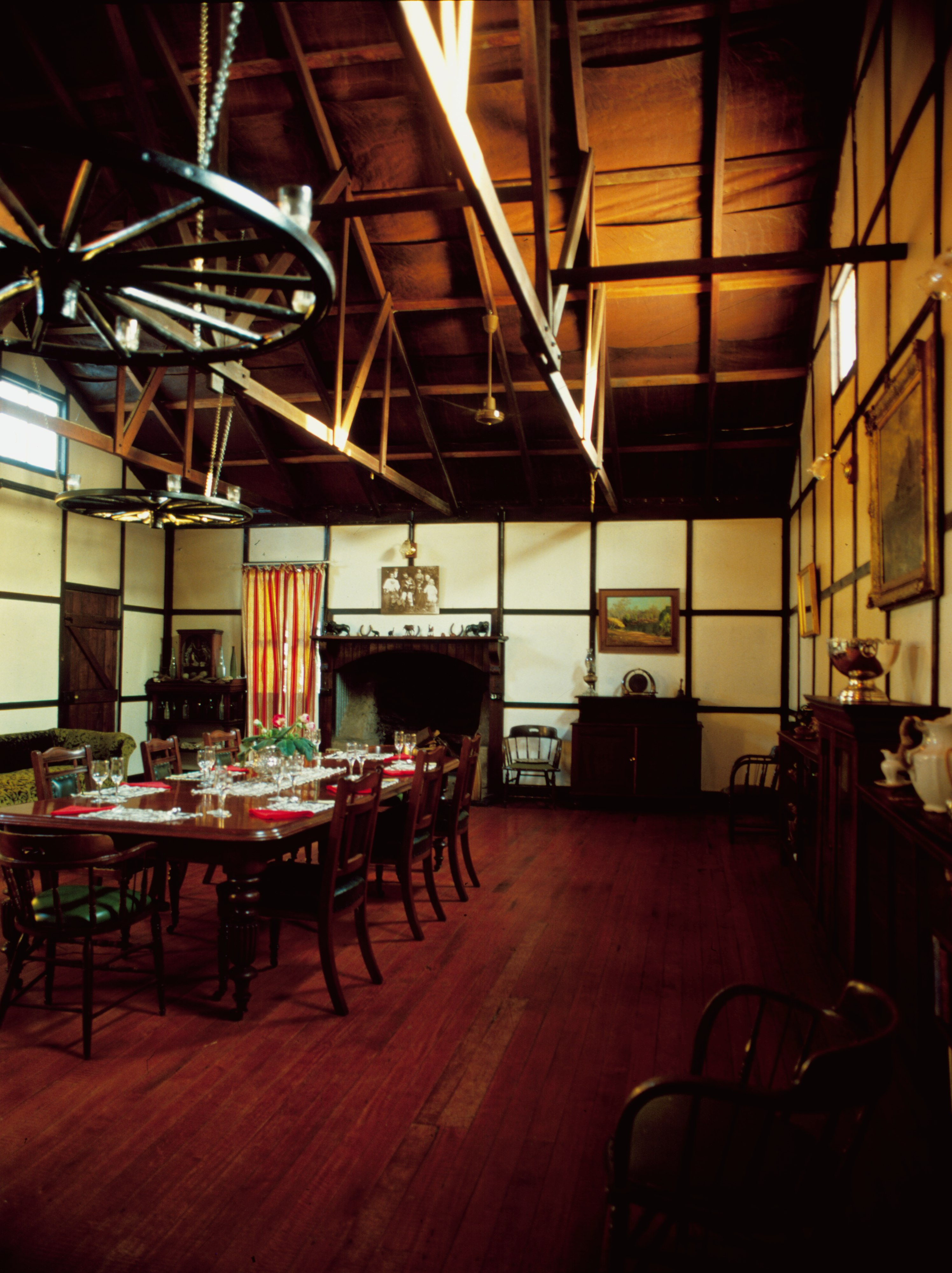File interior view of the dining room at gunnawarra for Dining room c house of commons