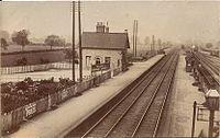 Isham and Burton Latimer station.jpg