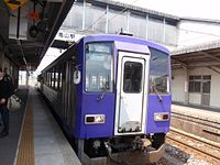 JRW Kiha 120 at Kameyama Station, Mie 20100430 (4564492348).jpg