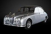 Jaguar Mk2-P4070328-gradient.jpg