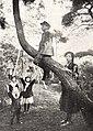 Japanese Upper class children 1920.jpg