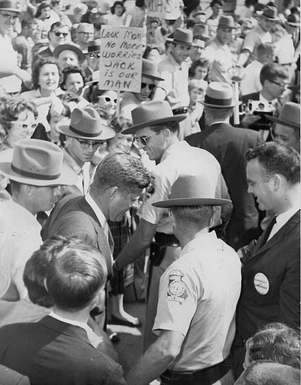 Kennedy campaigning in LaGrange, Georgia, October 1960 John F. Kennedy campaigns in LaGrange, Georgia 1960.jpg