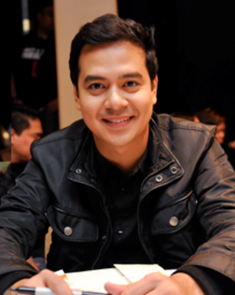 John Lloyd Cruz - Cruz in April 2010.