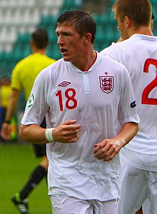 John Lundstram, England U-19 - Greece U-19, 12 July 2012 (cropped).jpg
