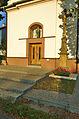 Kříž před kaplí Navštívení Panny Marie, Pěnčín, okres Prostějov.jpg