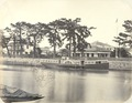 KITLV - 83044 - Paddle boat on a river in Osaka, Japan - before 1880.tif
