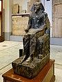 Kairo Museum Sitzstatue Chephren 05.jpg