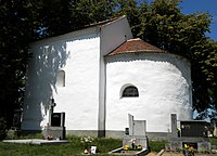 Kaple sv. Markéty - boční pohled.jpg