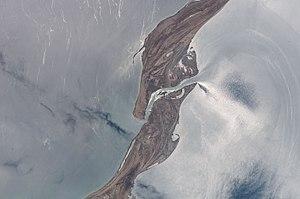 Garabogazköl - Waters flow through the narrow inlet from the Caspian (left) into the Garabogazköl