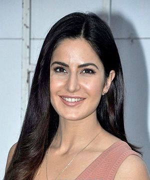 Katrina Kaif snapped at Mehboob Studio.jpg