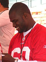 Khalif Mitchell at 49ers Family Day 2009.JPG