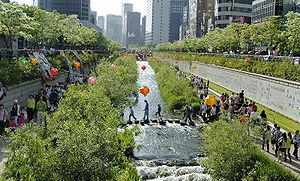 Jung District, Seoul - Cheonggyecheon, 2008