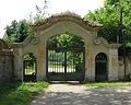Krhanice, old gate.jpg