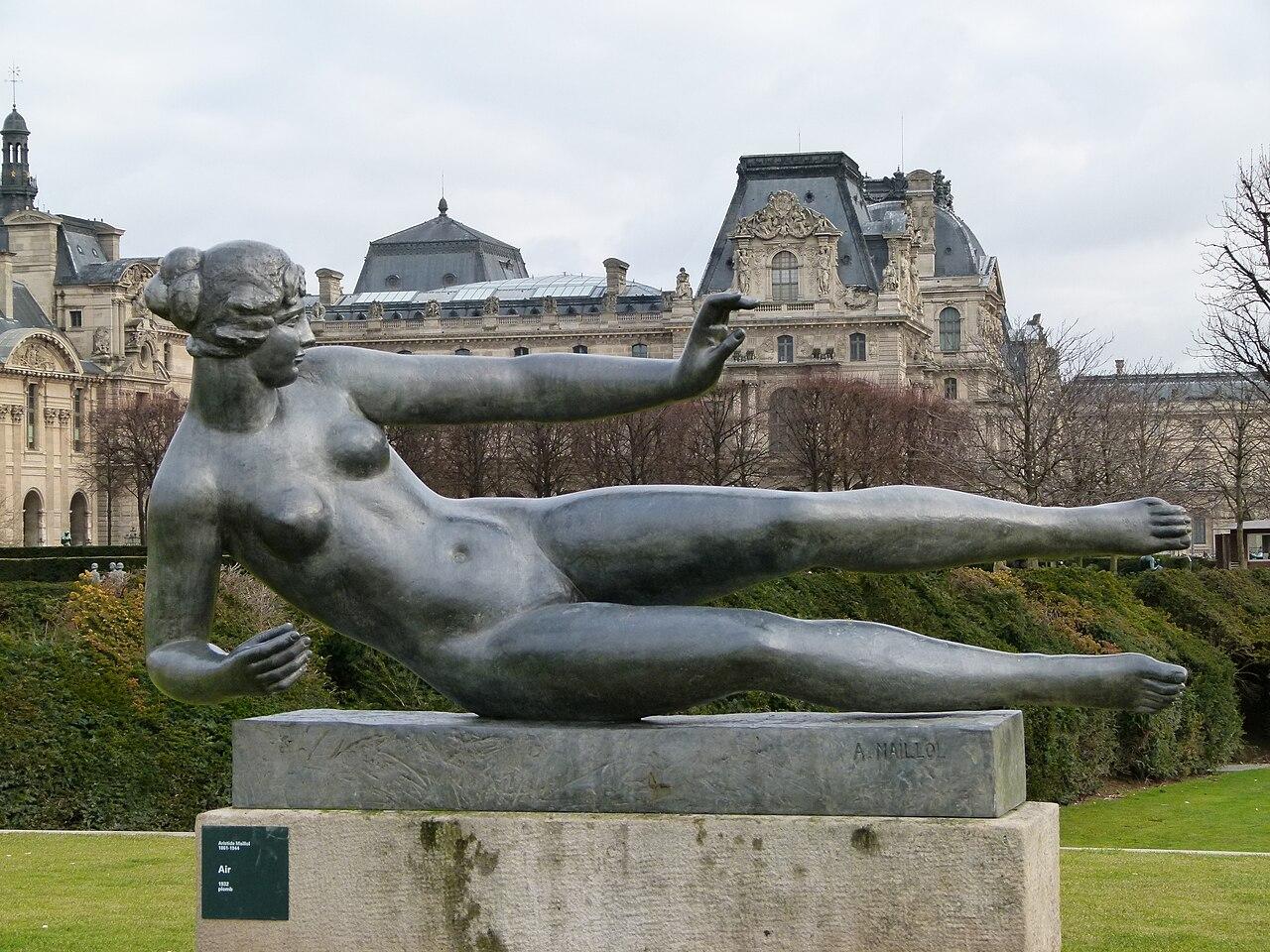 File l 39 air by aristide maillol jardin des tuileries - Statues jardin des tuileries ...