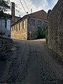 Le Grand Bâtiment (Saint-Julien-Molin-Molette) et rue.jpg