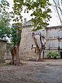 Le Thor - Chateau 2.jpg