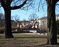 Lederer 1927-34 Stierbrunnen Berlin-Prenzberg 1.jpg