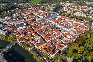 Leoben city center, located in the Murschleife