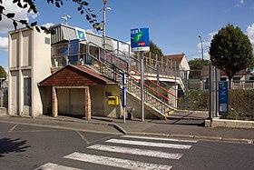 Gare des noues wikip dia for Piscine de goussainville