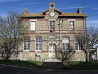 Les Chapelles-Bourbon mairie.jpg