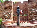Little Insurgents Memorial - panoramio.jpg
