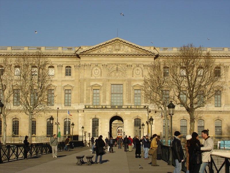 Louvre, vu de la Seine