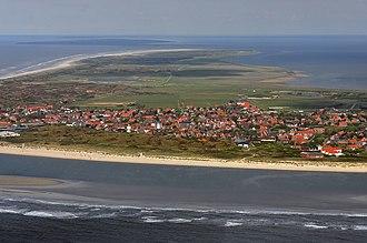 East Frisia - Image: Luftaufnahmen Nordseekueste 2012 05 by Ra Boe D90 221