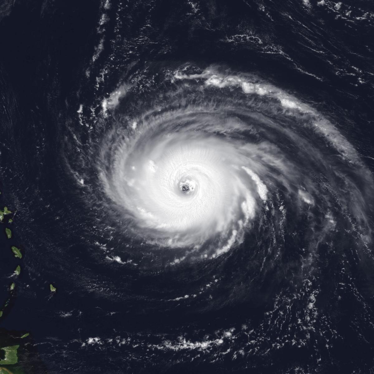 Hurricane Luis - Wikipedia