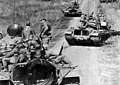 M48-Patton-on-road-to-vietnam.jpg