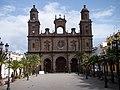 Main facade of the Cathedral of Santa Ana - panoramio (3573).jpg