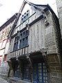 Maison ancienne rue du jerzual a dinan - panoramio.jpg