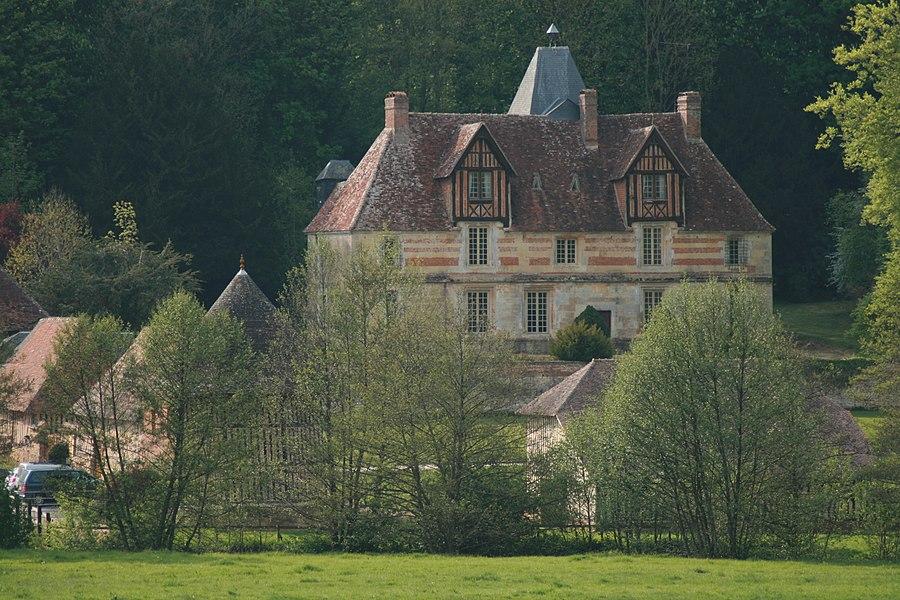 Saint Hippolyte Manor (Saint-Martin-de-La-Lieue, 14100).