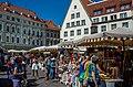 Market day on Raekoja Plats (21397945655).jpg