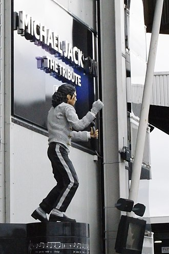 Statue of Michael Jackson - The statue outside Craven Cottage, London