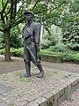 Milheeze sculptuur De Peelwerker, Toon Grassens 1989.JPG