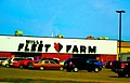 Mills Fleet Farm - panoramio (1).jpg
