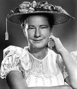 Publicity photo of comedienne Minnie Pearl for...