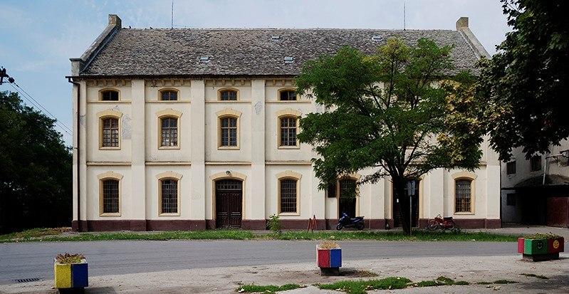Mlin u Perlezu, izgled zgrade