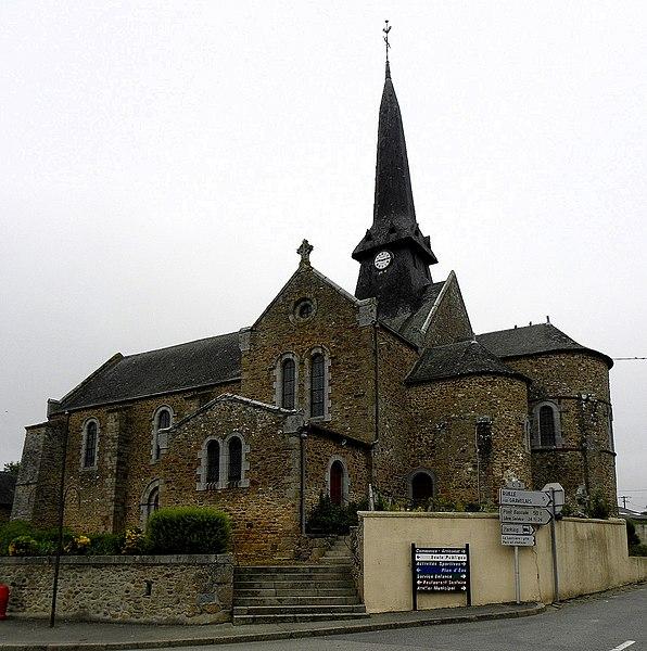 Église Saint-Martin de Montjean (53). Vue méridionale.