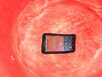 Motorola Defy - Image: Moto Defy Underwater F2346 Wikipedia