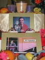 Mr. Rogers Ofrenda Detail (1805130790).jpg