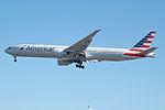 N728AN Boeing 777 American (14786380546).jpg