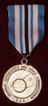 NASA Medals Order of Precedence (page 3) - Pics about space