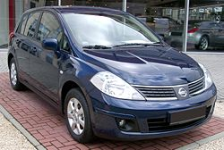 Nissan Tiida blue front 20080301.jpg