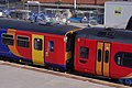 Nottingham railway station MMB 97 153311 158856.jpg